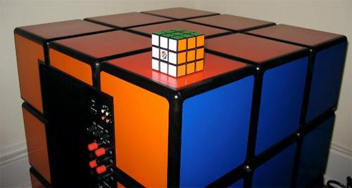 Rubik\'s Cube subwoofer